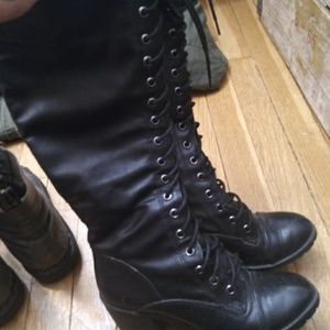 Shoes - Black knee-high faux leather lace-up boots w/ heel